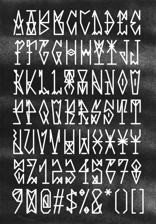 Pixacaism-free-font