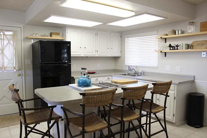 Small Kitchen Makeover - New White Kitchen!
